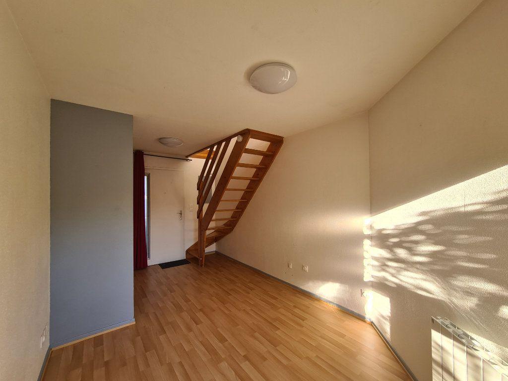 Appartement à louer 2 24m2 à Illkirch-Graffenstaden vignette-4