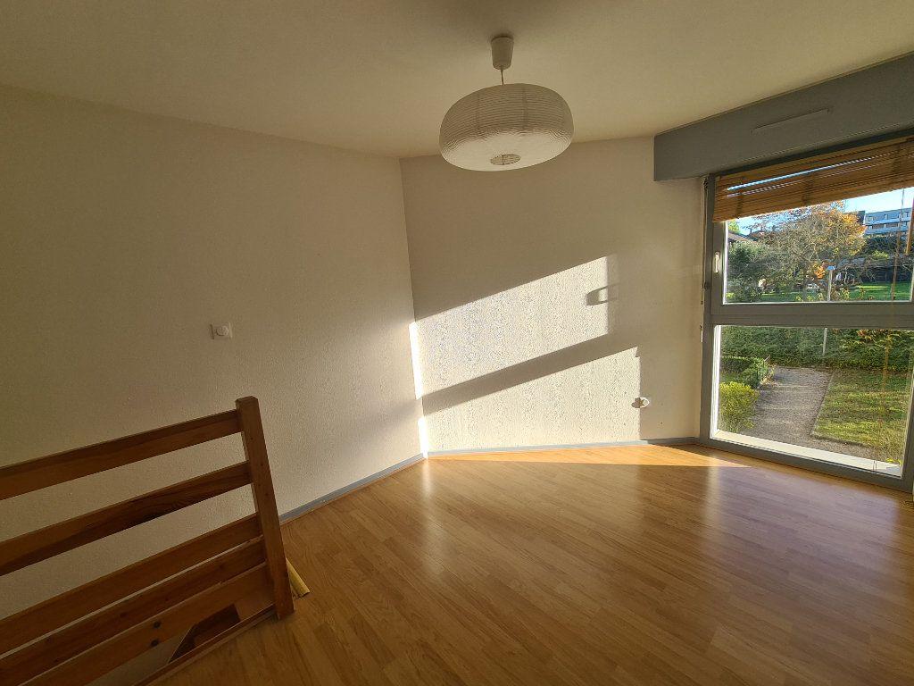 Appartement à louer 2 24m2 à Illkirch-Graffenstaden vignette-10