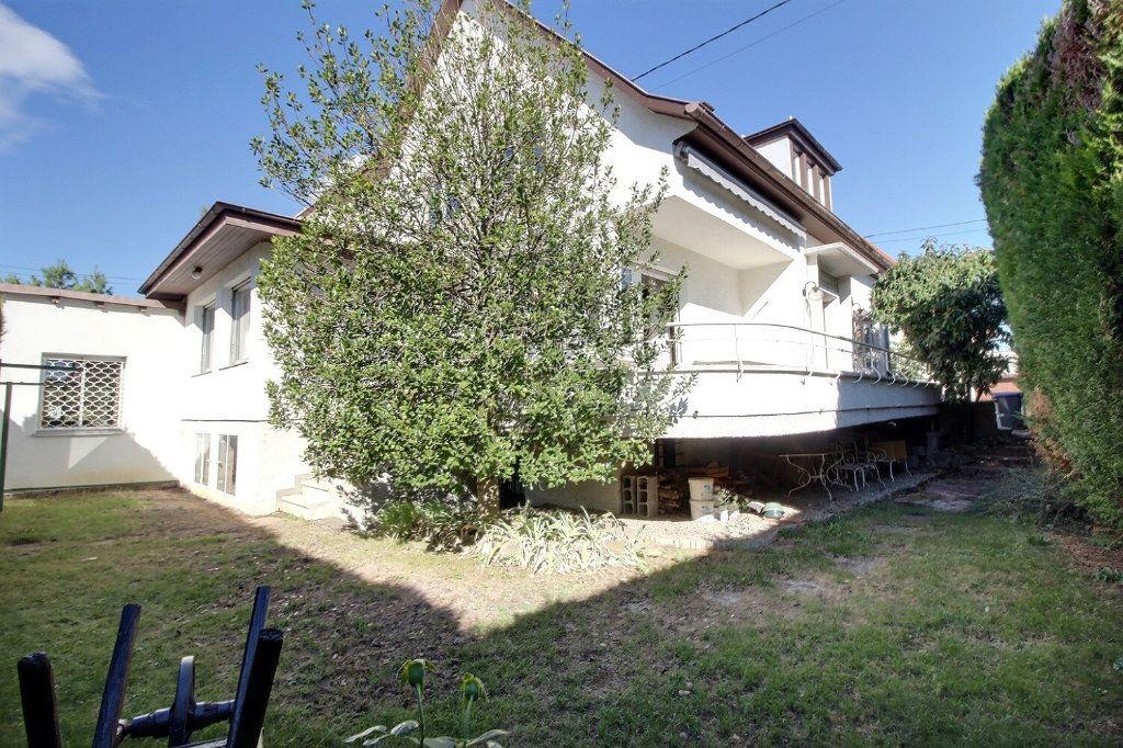 Maison à vendre 11 230.11m2 à Illkirch-Graffenstaden vignette-2
