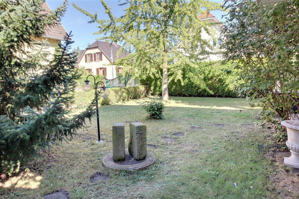 Maison à vendre 11 230.11m2 à Illkirch-Graffenstaden vignette-4