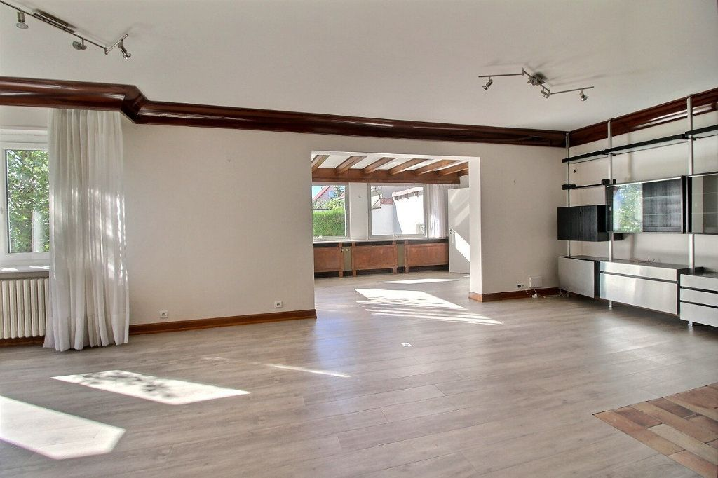 Maison à vendre 11 230.11m2 à Illkirch-Graffenstaden vignette-7