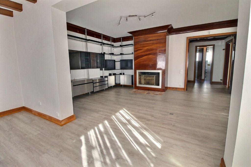 Maison à vendre 11 230.11m2 à Illkirch-Graffenstaden vignette-10