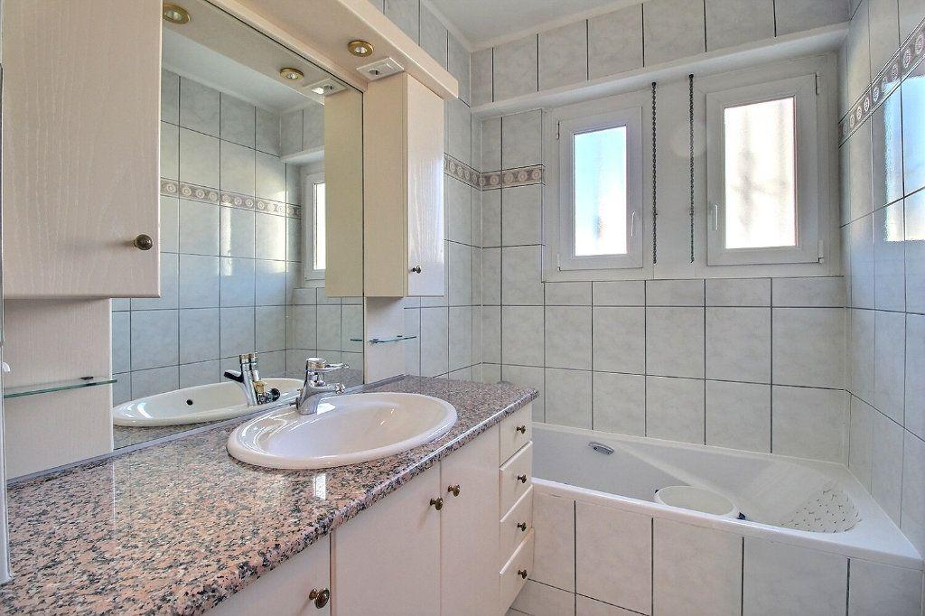 Maison à vendre 11 230.11m2 à Illkirch-Graffenstaden vignette-15