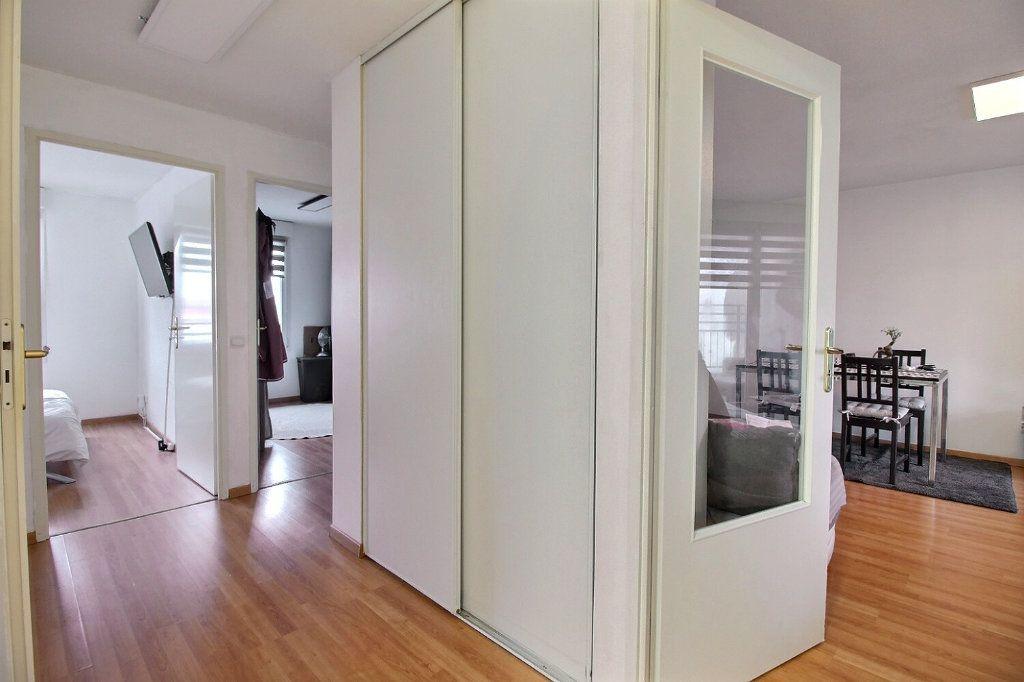 Appartement à vendre 3 60.21m2 à Strasbourg vignette-4