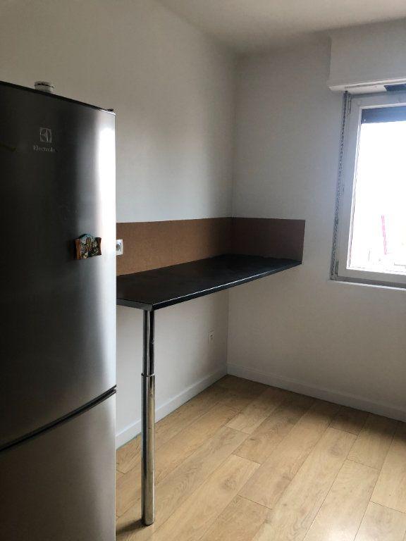 Appartement à louer 3 71.19m2 à Lingolsheim vignette-2