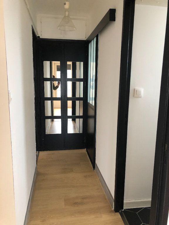 Appartement à louer 3 71.19m2 à Lingolsheim vignette-5
