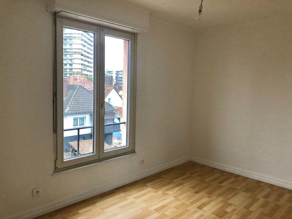 Appartement à louer 3 71.19m2 à Lingolsheim vignette-8