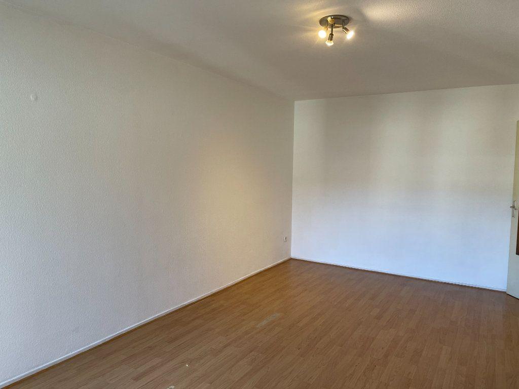 Appartement à louer 1 31.36m2 à Strasbourg vignette-4