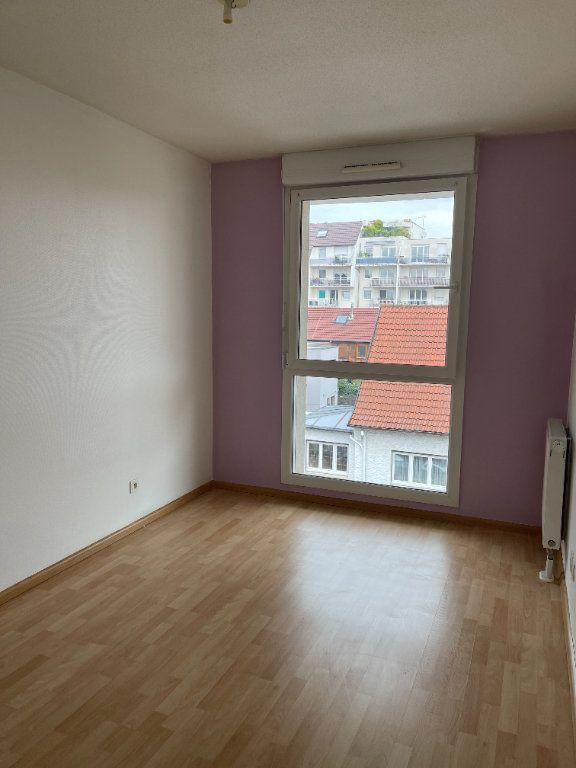Appartement à louer 4 84m2 à Schiltigheim vignette-6