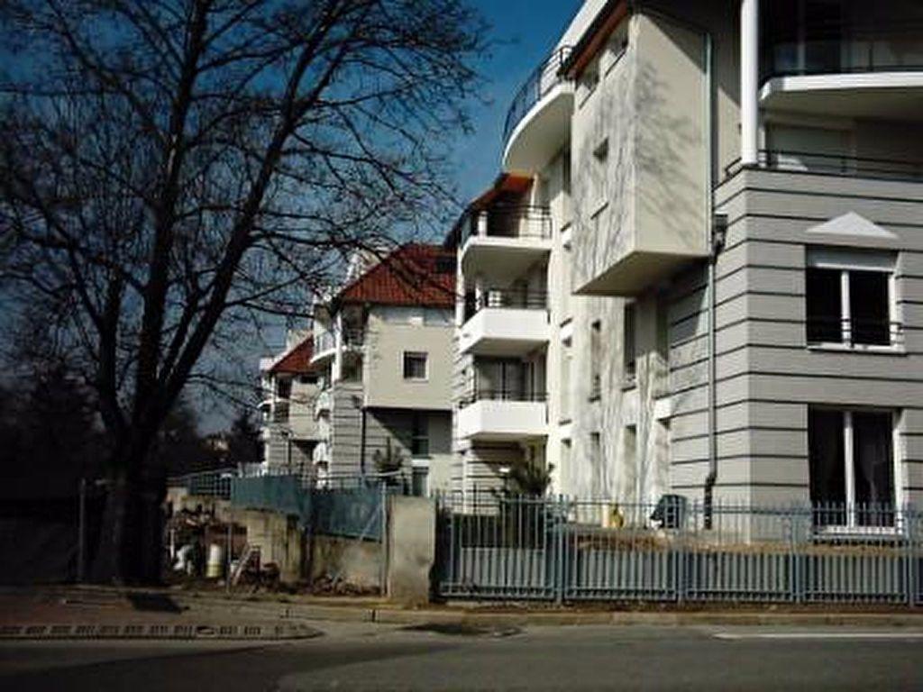 Appartement à louer 4 84m2 à Schiltigheim vignette-11
