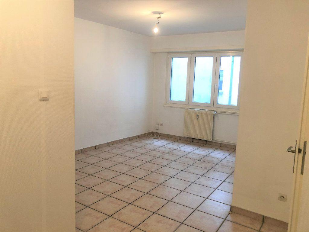 Appartement à louer 1 32.04m2 à Strasbourg vignette-3