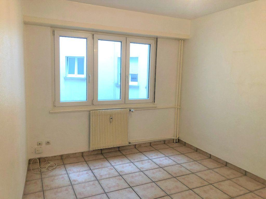 Appartement à louer 1 32.04m2 à Strasbourg vignette-4