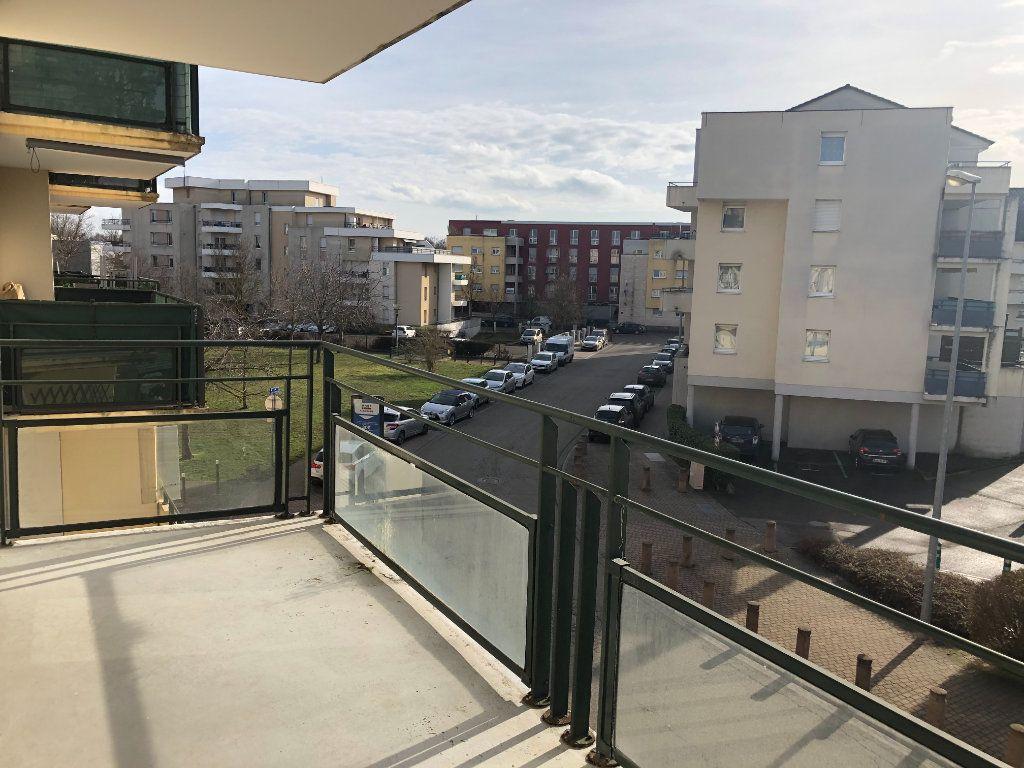 Appartement à louer 4 74.26m2 à Illkirch-Graffenstaden vignette-6