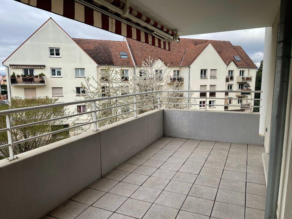 Appartement à louer 4 84m2 à Illkirch-Graffenstaden vignette-3