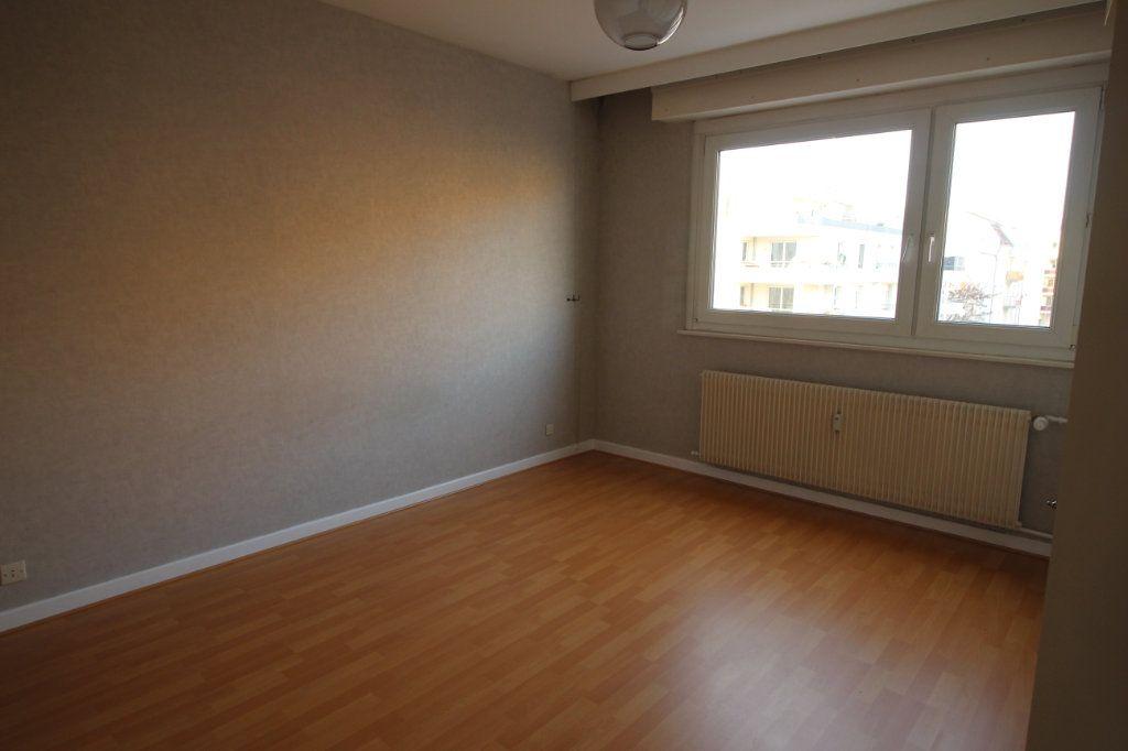 Appartement à louer 3 70.95m2 à Strasbourg vignette-5