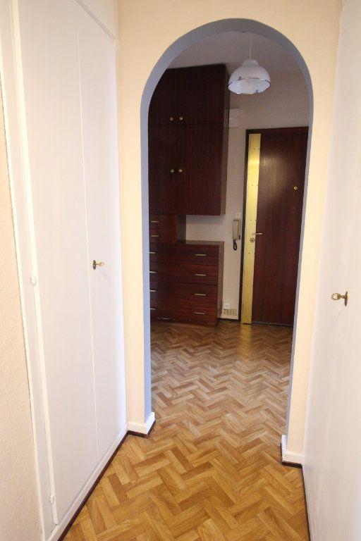 Appartement à louer 3 70.95m2 à Strasbourg vignette-12