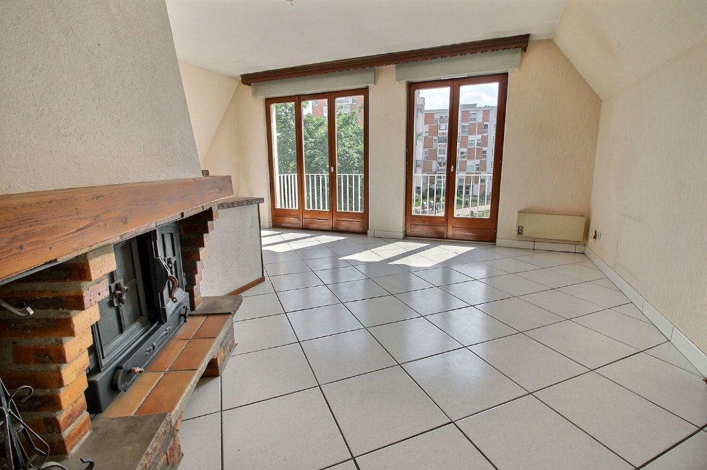 Appartement à vendre 4 92m2 à Strasbourg vignette-3