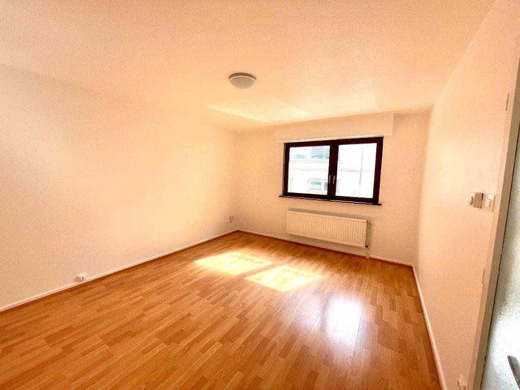 Appartement à louer 2 42m2 à Strasbourg vignette-3