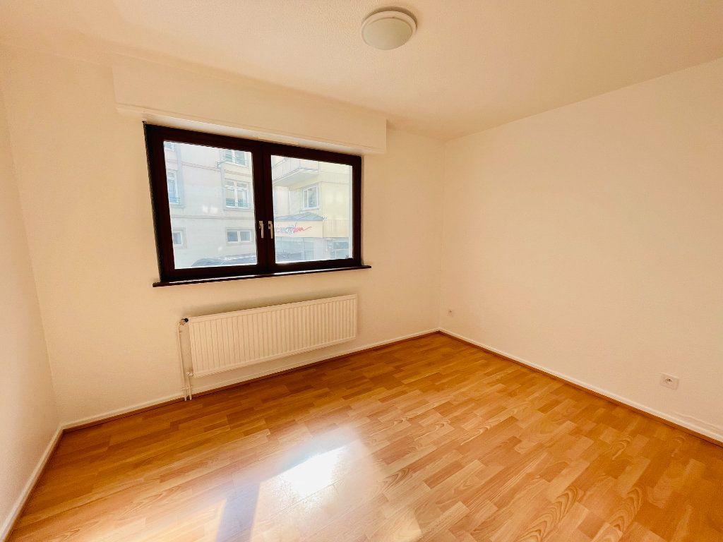 Appartement à louer 2 42m2 à Strasbourg vignette-4