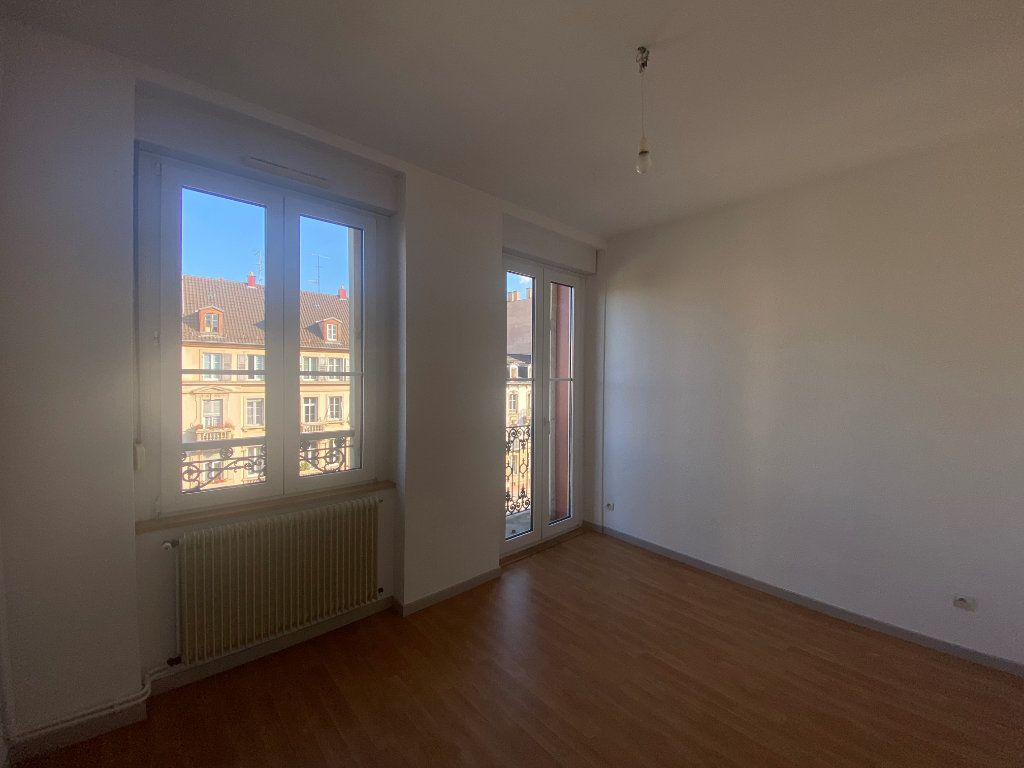 Appartement à louer 2 34.9m2 à Strasbourg vignette-2