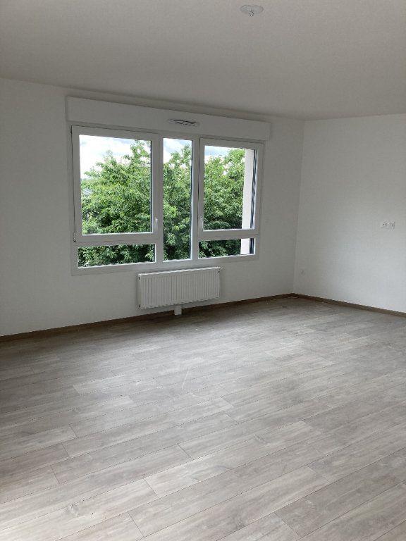 Appartement à louer 3 79.32m2 à Illkirch-Graffenstaden vignette-3