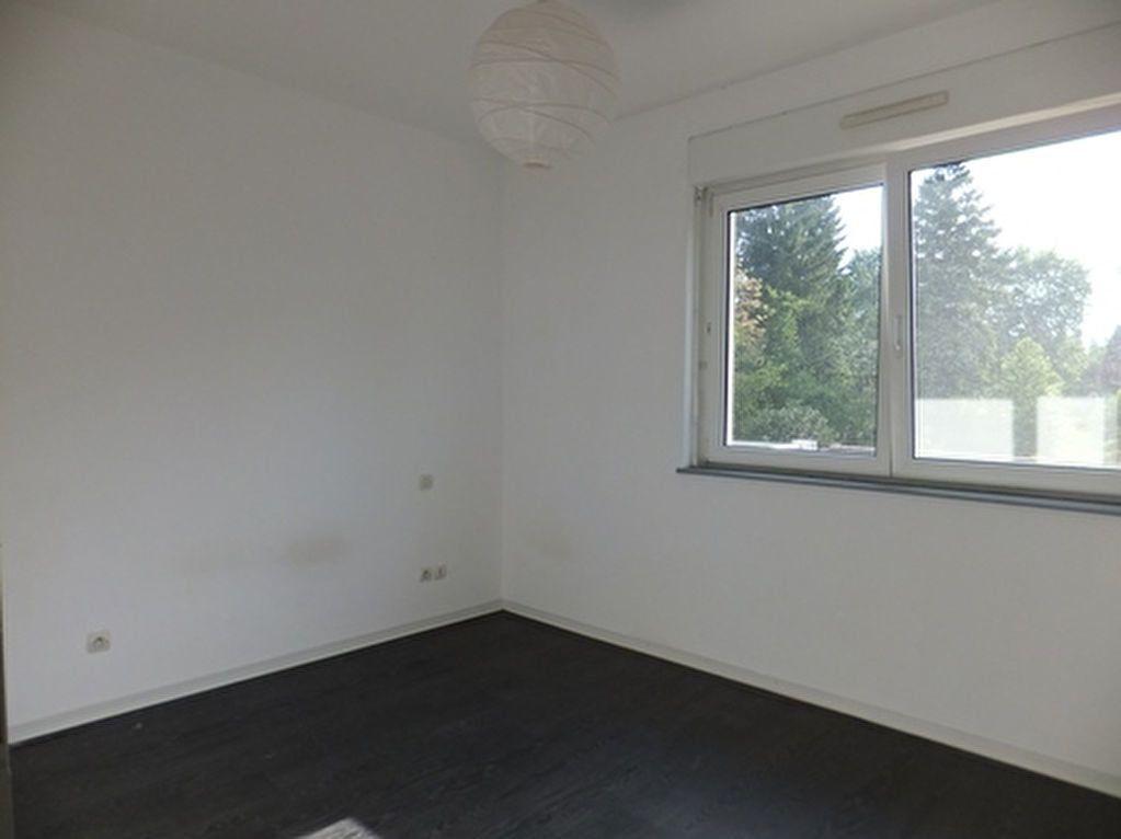 Appartement à louer 3 73m2 à Uberach vignette-4