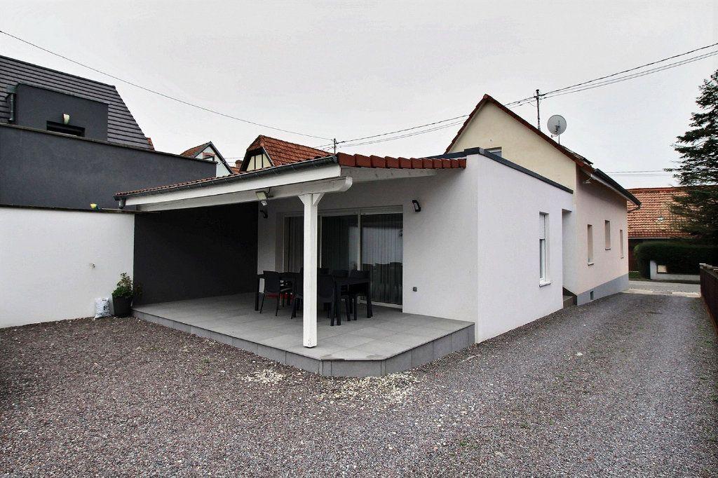 Maison à vendre 5 121m2 à Uberach vignette-1