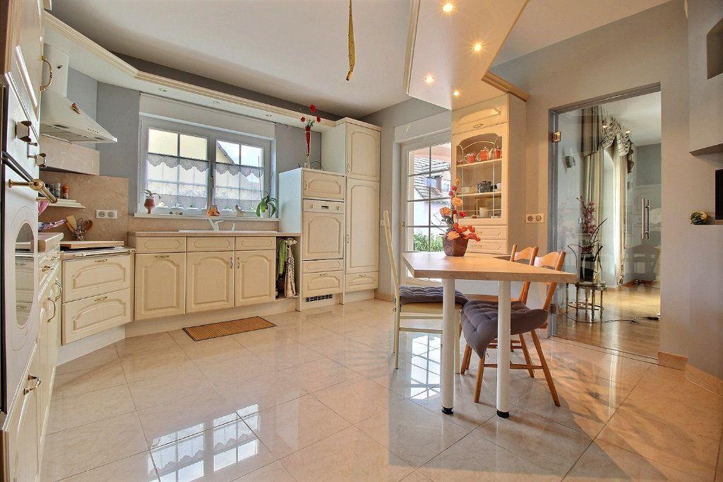 Maison à vendre 7 205.99m2 à Drusenheim vignette-2