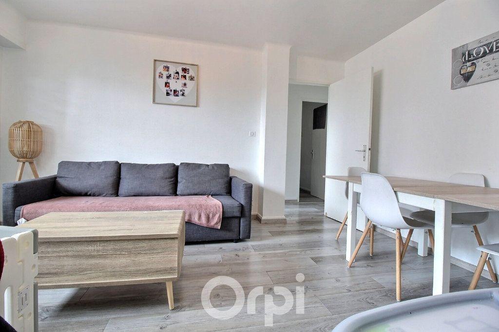 Appartement à louer 4 75.19m2 à Haguenau vignette-1