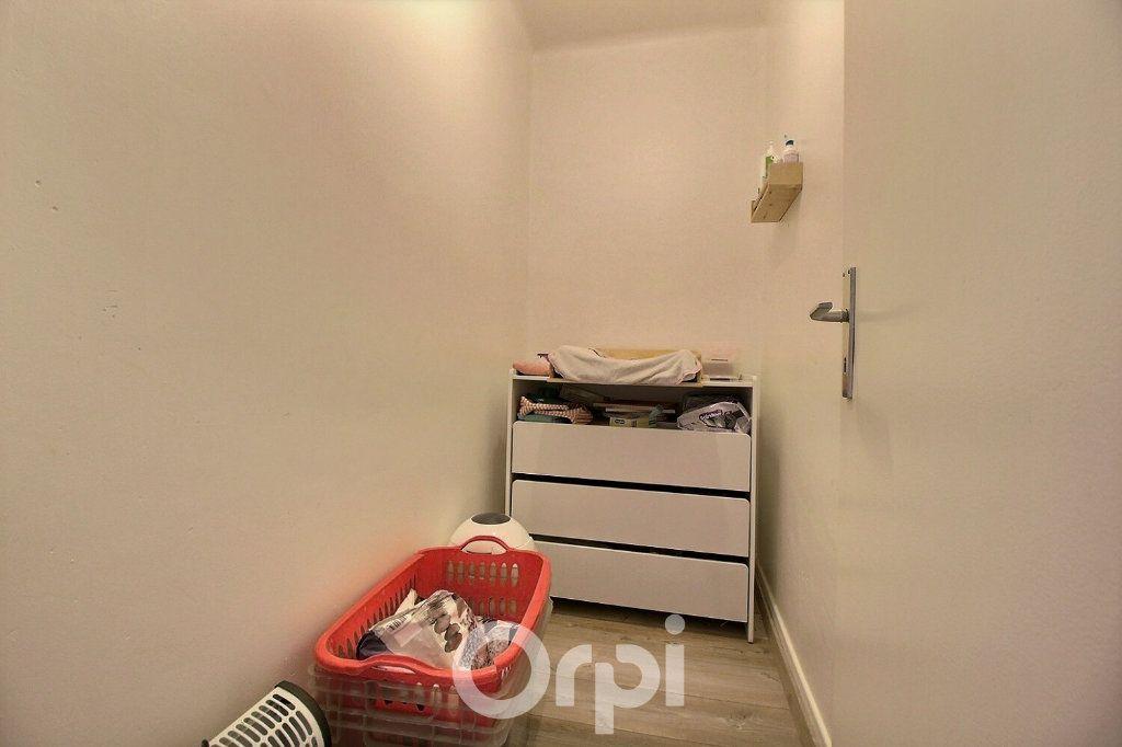 Appartement à louer 4 75.19m2 à Haguenau vignette-5
