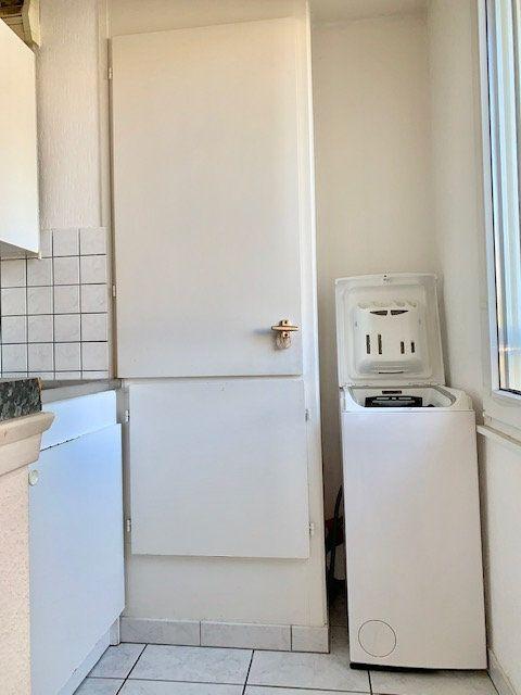 Appartement à louer 2 33m2 à Haguenau vignette-4