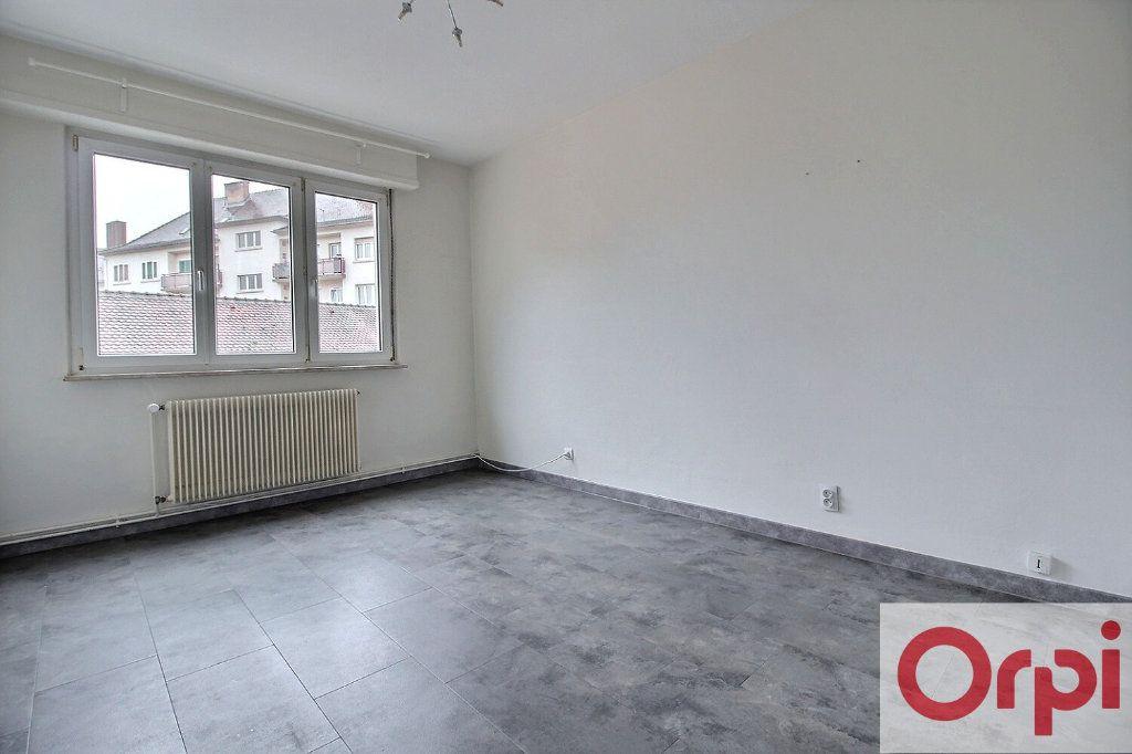 Appartement à vendre 3 63.73m2 à Haguenau vignette-1