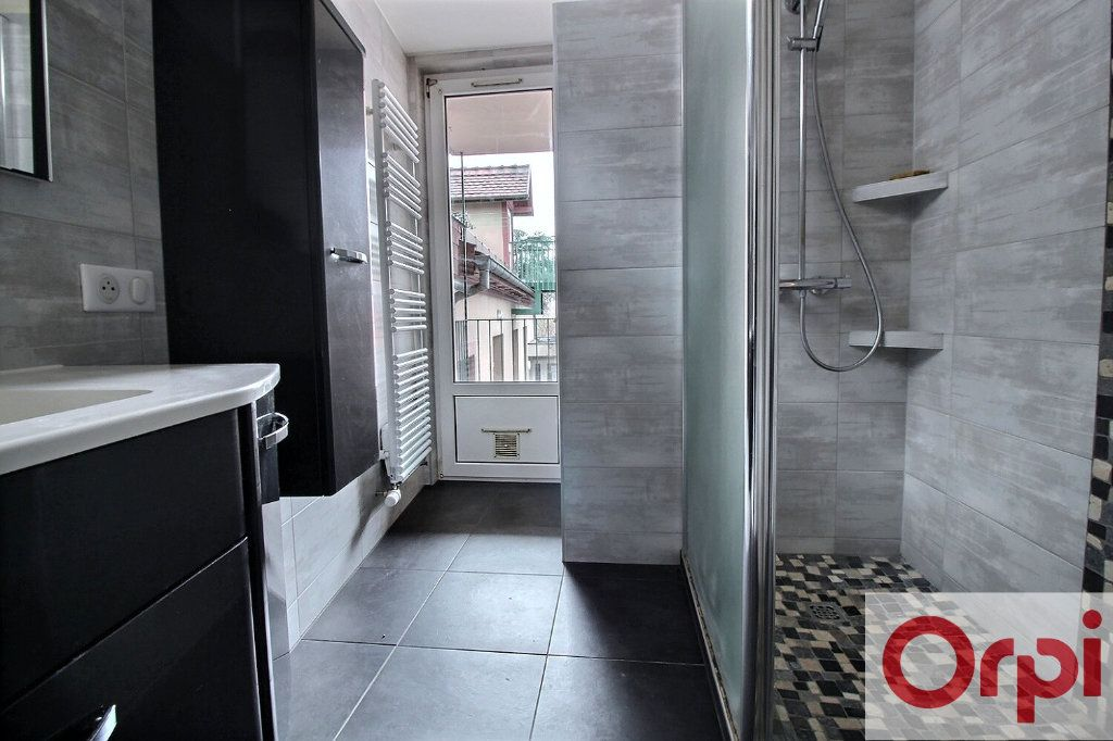 Appartement à vendre 3 63.73m2 à Haguenau vignette-2