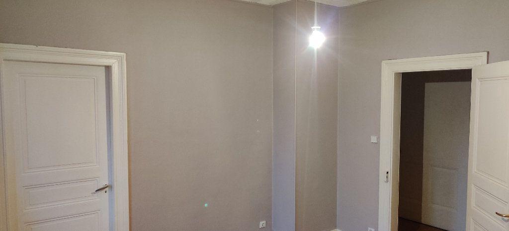Appartement à louer 3 71.67m2 à Strasbourg vignette-3