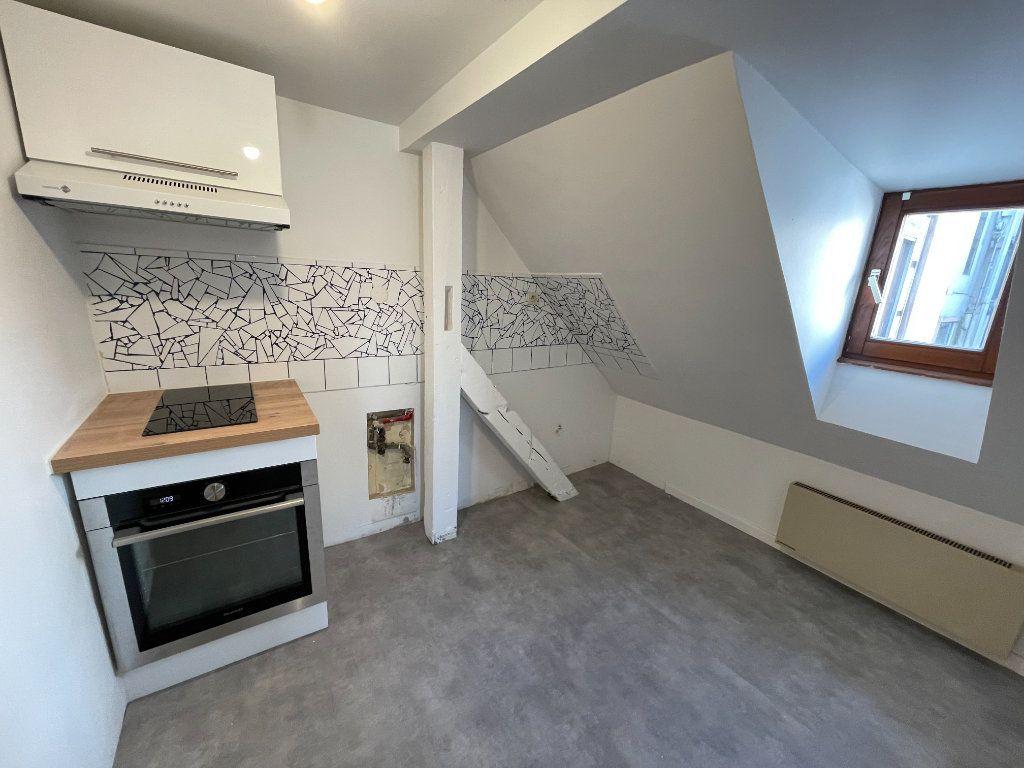 Appartement à louer 3 42.6m2 à Strasbourg vignette-2