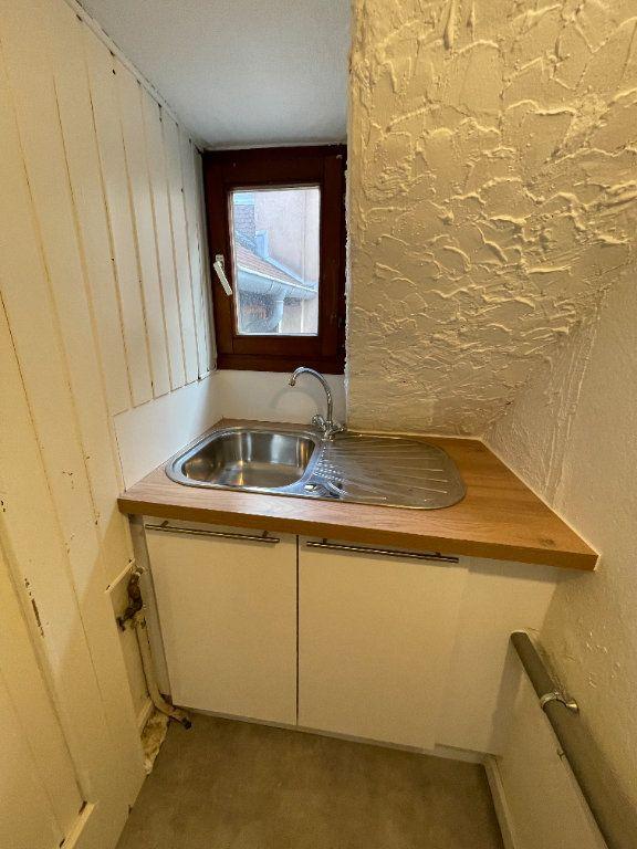 Appartement à louer 3 42.6m2 à Strasbourg vignette-3