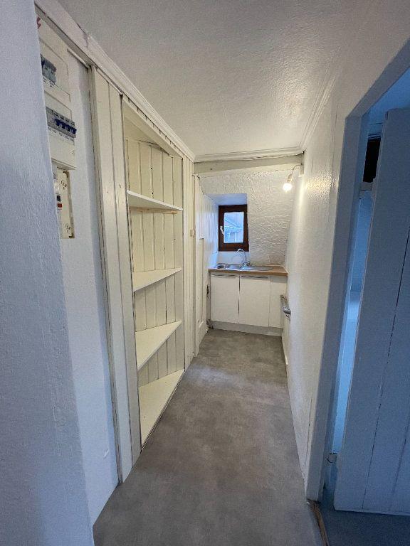 Appartement à louer 3 42.6m2 à Strasbourg vignette-6