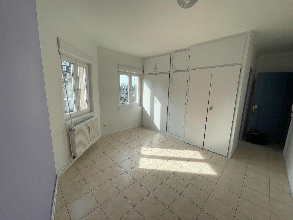 Appartement à louer 1 19.19m2 à Strasbourg vignette-2