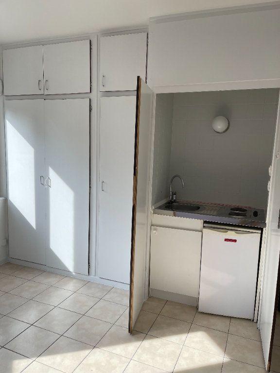 Appartement à louer 1 19.19m2 à Strasbourg vignette-4