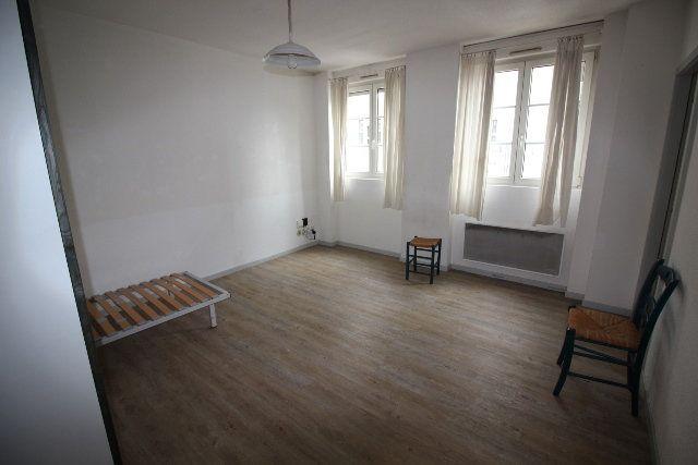 Appartement à louer 1 30.53m2 à Strasbourg vignette-1