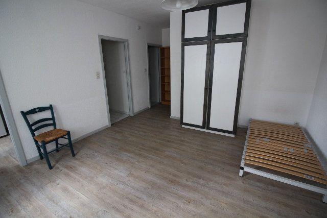 Appartement à louer 1 30.53m2 à Strasbourg vignette-3