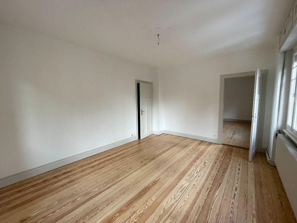Appartement à louer 3 73.47m2 à Strasbourg vignette-1