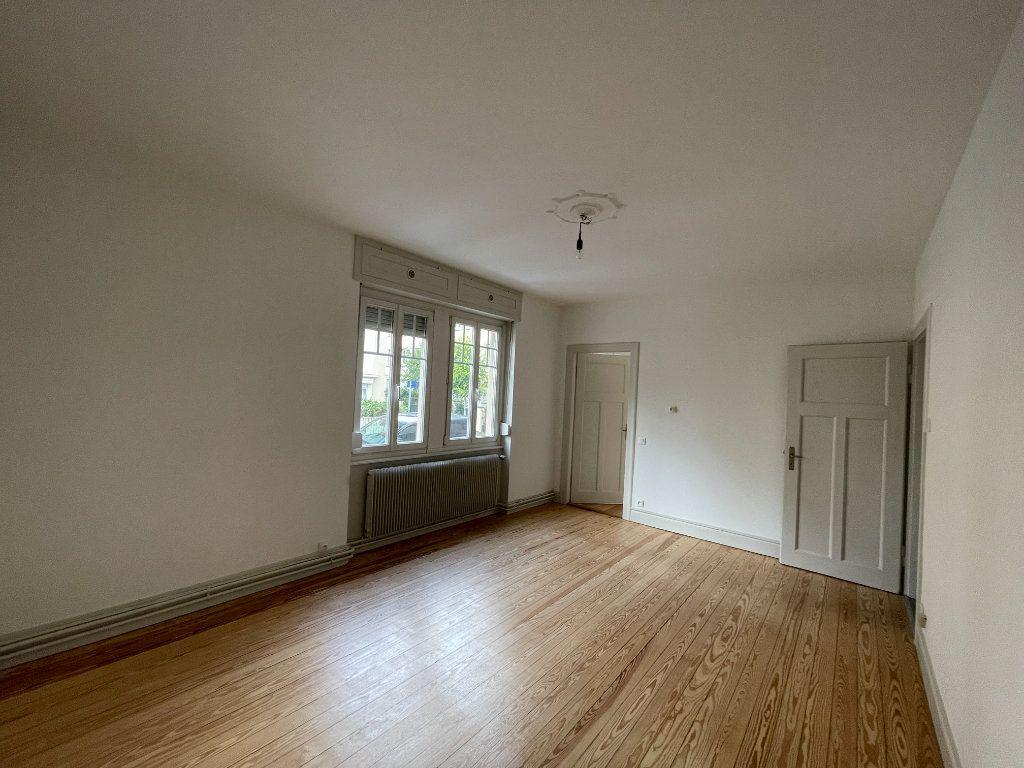 Appartement à louer 3 73.47m2 à Strasbourg vignette-6