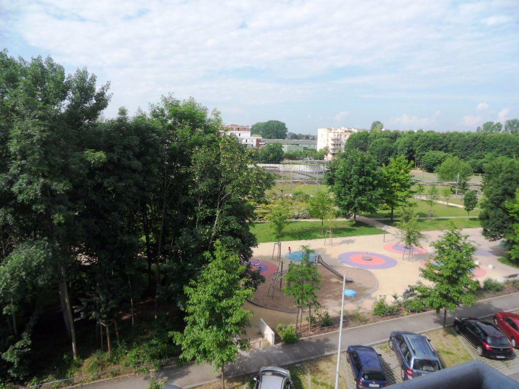 Appartement à louer 3 71.86m2 à Strasbourg vignette-3