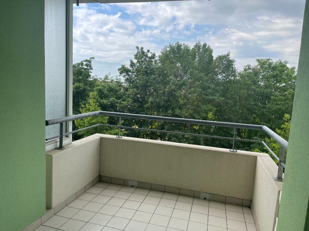 Appartement à louer 3 71.86m2 à Strasbourg vignette-4