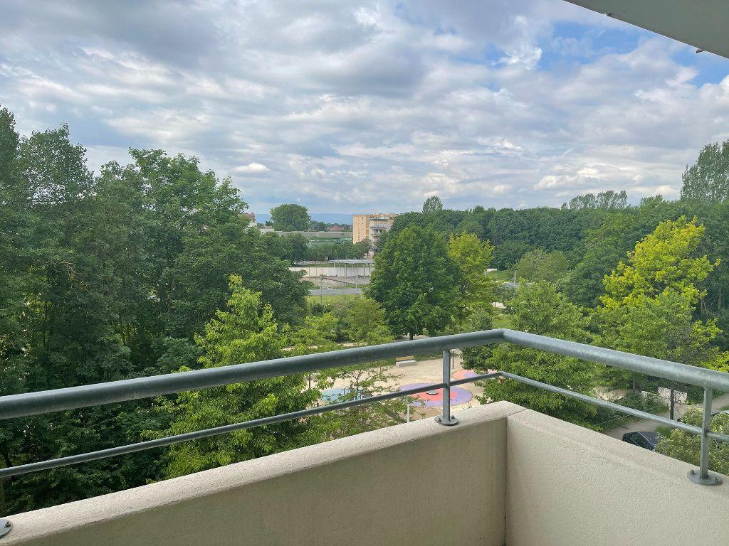 Appartement à louer 3 71.86m2 à Strasbourg vignette-5
