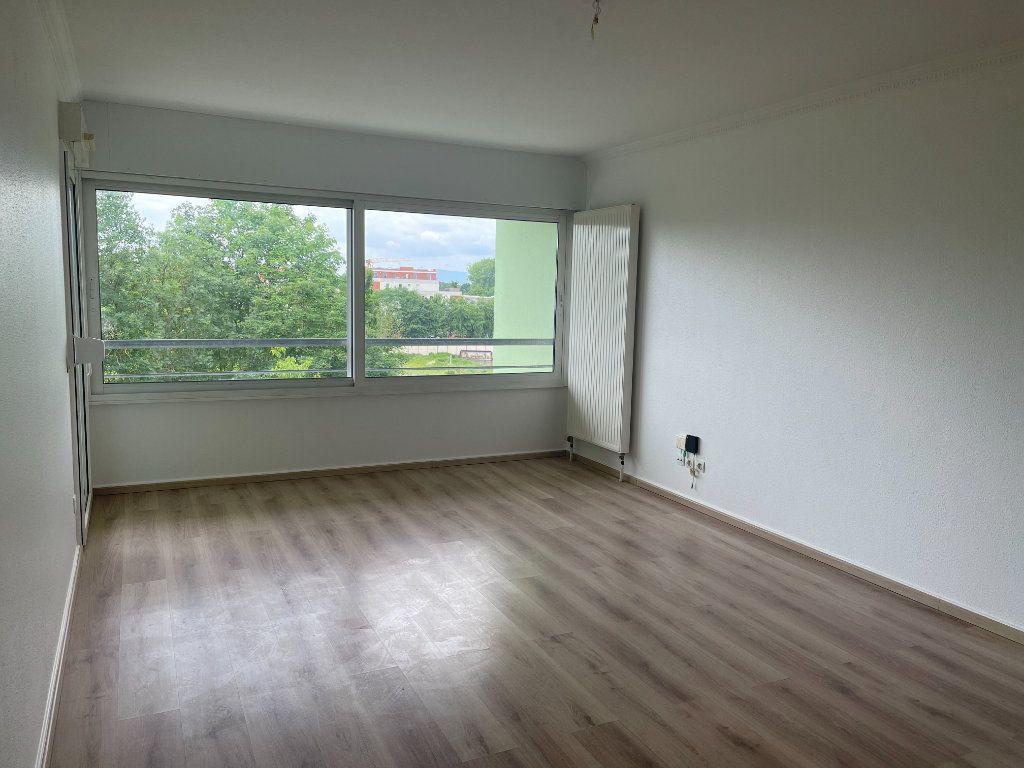 Appartement à louer 3 71.86m2 à Strasbourg vignette-6