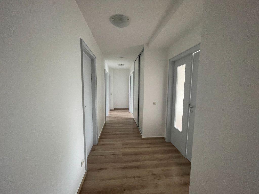 Appartement à louer 3 71.86m2 à Strasbourg vignette-7