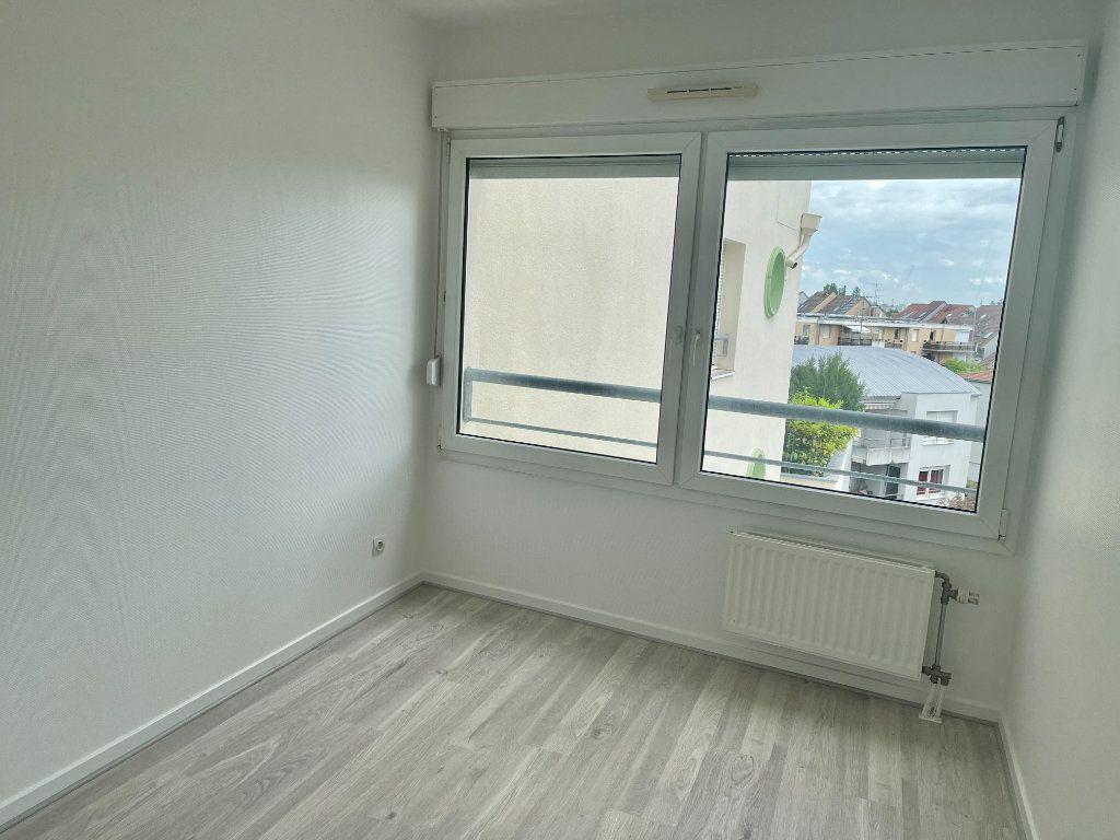 Appartement à louer 3 71.86m2 à Strasbourg vignette-10
