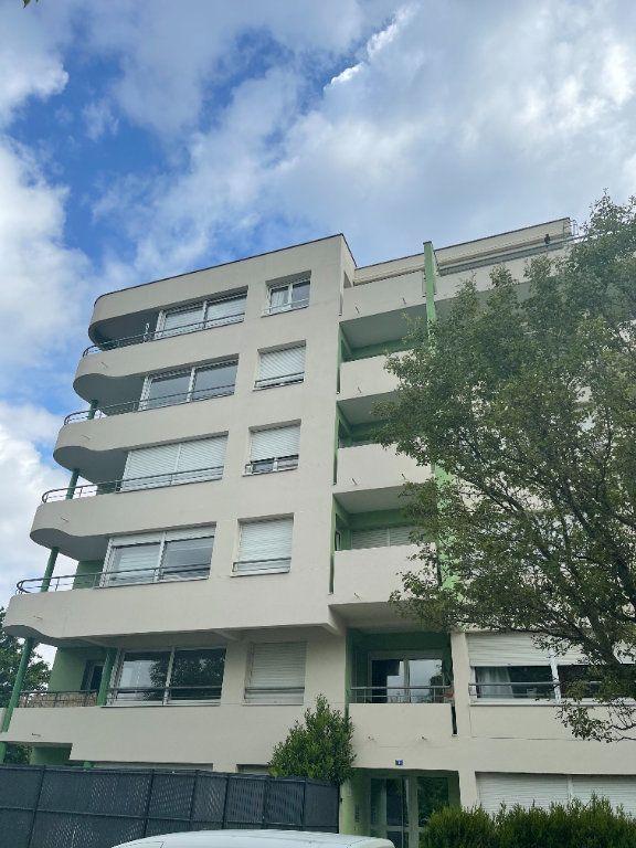 Appartement à louer 3 71.86m2 à Strasbourg vignette-11
